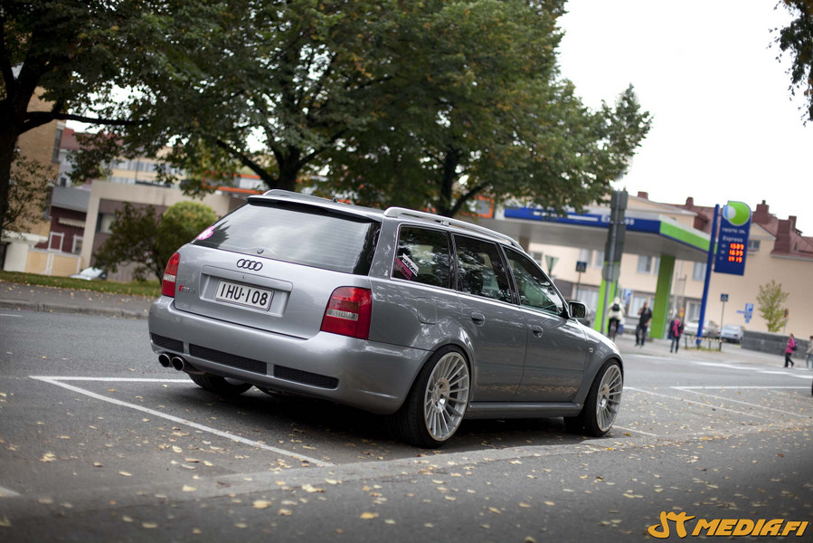Juice||: Hard Luck Audi B5 RS4 _img900